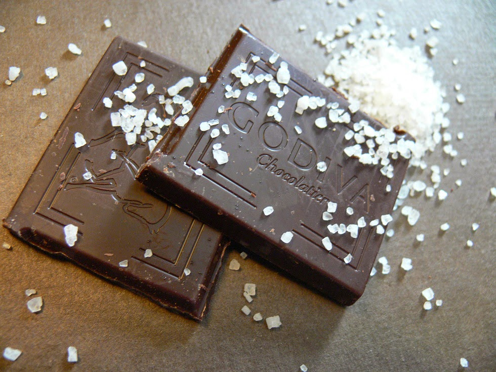 Resultado de imagen de dark chocolate with salt